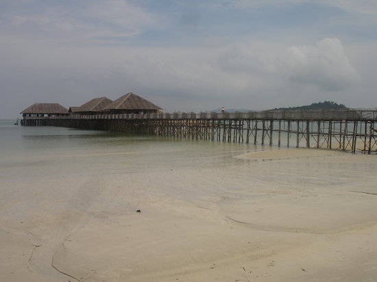 Telunas Beach Resort: Telunas, view from the beach