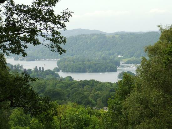 Windermere, UK: View at about halfway.