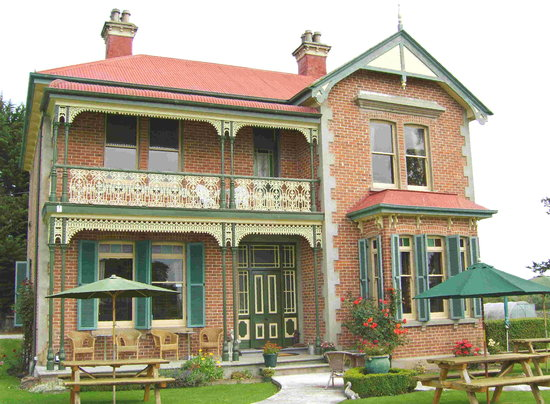 Mainholm Country Lodge