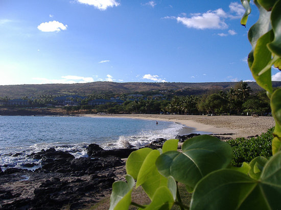 Lanai City, Hawái: View from the opposite side of Hulopo`e Beach