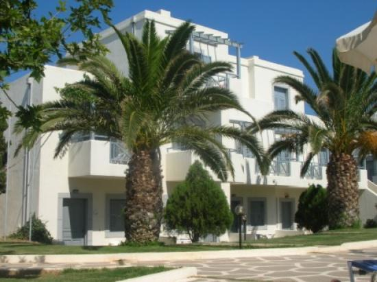 Europa Beach Hotel: les logements, petits appartements