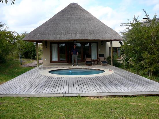 Savanna Private Game Reserve: Luxury Thatched Suite