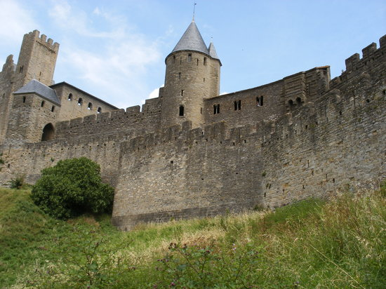 Mercure Carcassonne Porte de la Cite: Fairytale castle