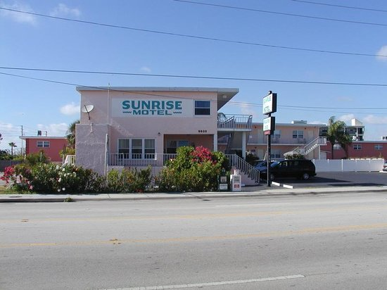 Photo of Sunrise Motel Treasure Island