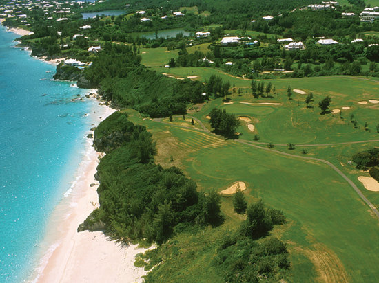 Hamilton, Bermuda: Pink Sand Beach from the Air