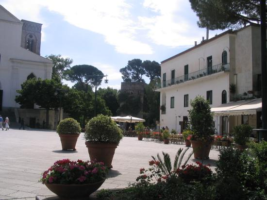Toro Hotel: Main Square Ravello