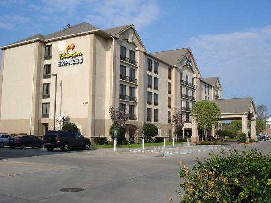 Comfort Inn & Suites: Hotel entry