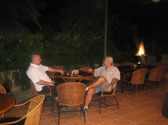 Hotel Coco Palms: me and the owner on my last trip