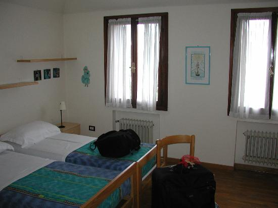 B3 - Sant'Antonin: One of the Bedrooms