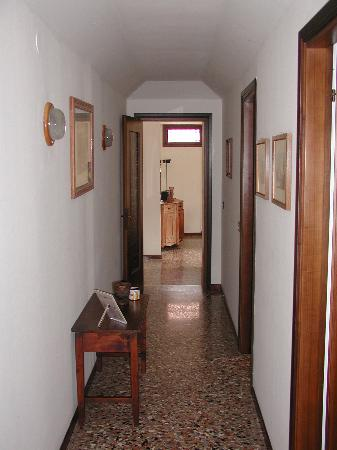 B3 - Sant'Antonin: Hall