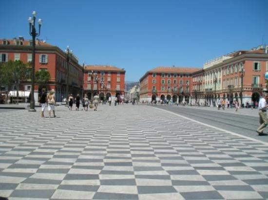 February 2009 vacations and tours - Place massena nice ...