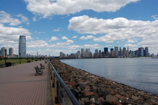 Jersey City, NJ: Blick auf Manhatten