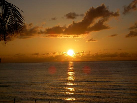 Lauderdale by the Sea, FL: Sunrise at High Noon