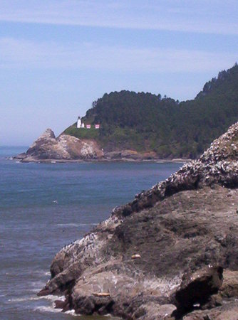 Florence, OR : Lighthouse from the Sea Lion Caves 