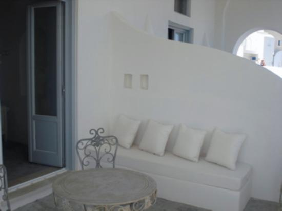 Andronis Luxury Suites: Balcony