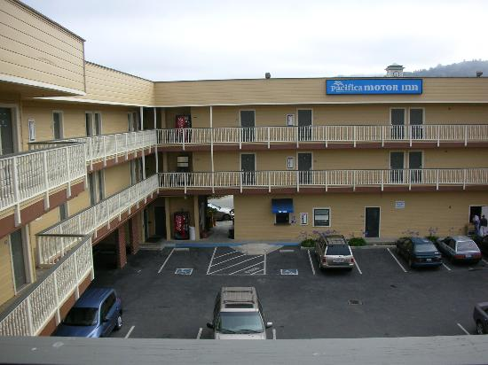 Their new look the courtyard picture of pacifica motor for Pacifica motor inn pacifica ca reviews