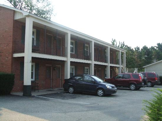 Ethan Allen Motel
