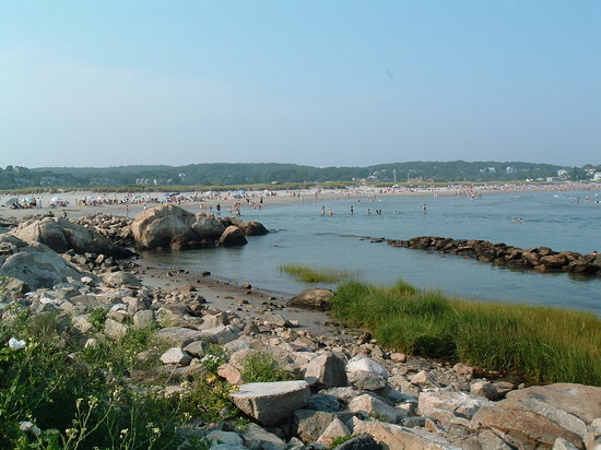 Gloucester, MA: good size beach