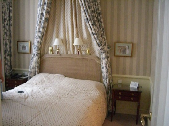 Stanhope Hotel: Bedroom In Superior Double