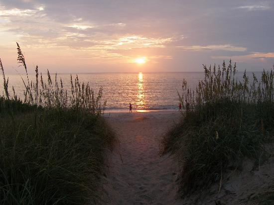 Kill Devil Hills,  : Nice sunrise