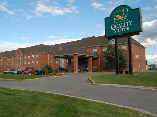 Quality Suites Laval: Quality Suites