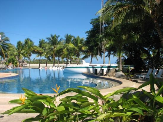 Musket Cove Swimming Pool Picture Of Plantation Island Resort Malolo Lailai Island Tripadvisor