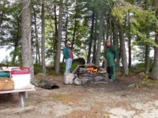 Weatherby's: Cooking a Shore Lunch