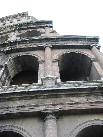 Domus Nova Bethlem: What's Rome without a Coliseum picture?