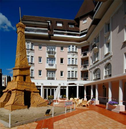 Photo of Hotel Bristol Le Touquet