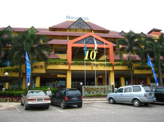 NOVOTEL BATAM (Riau) Hotel - Reviews and Rates - TravelPod