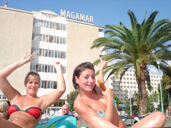 Fiesta Hotels - Mallorca Rocks Apartments: The magamar pool