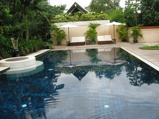 Heritage Suites Hotel Relais & Chateaux: The Pool