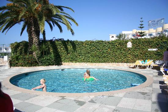 Oura Praia Hotel: Children&#39;s Pool