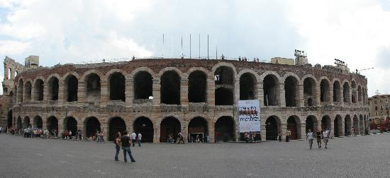 Visting the arena during the day