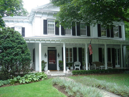 The veranda house rhinebeck ny b b reviews tripadvisor for What is a lanai in a house