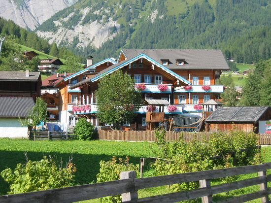 "Photo of Kinderhotel ""Der Jenshof"" Kals am Grossglockner"