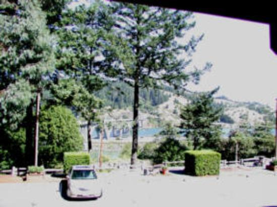 Motel 6 Gold Beach: View from Upstairs Room