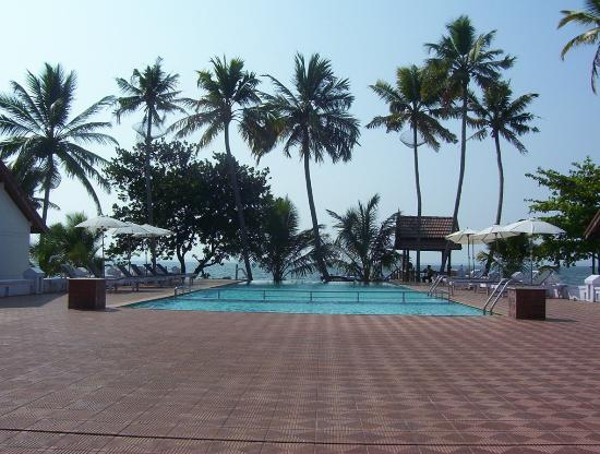 Whispering Palms Resort: Pool