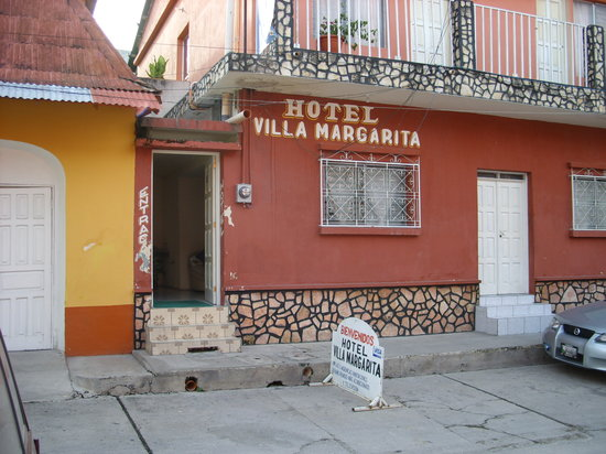 Photo of Hotel Villa Margarita Flores