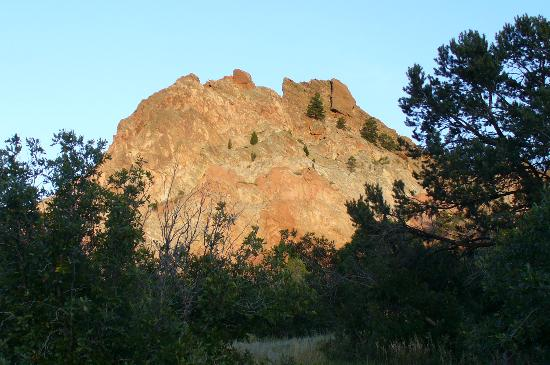 Pikes Peak Inn: Garden of the Gods at Sunset