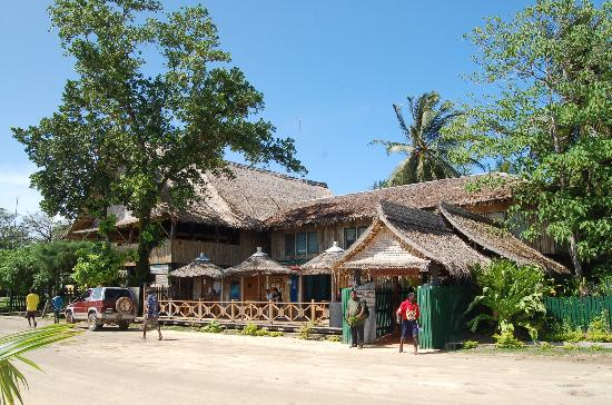 restoran di Gizo