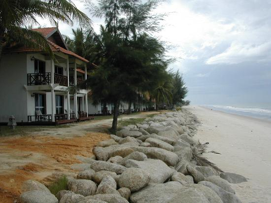 Marang, Malaysia: Bungalow di fronte al mare