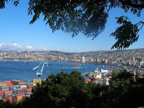 Valparaiso y el ocano pacfico