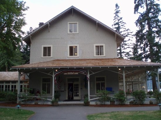 Lake Crescent Lodge: The Historic Lodge