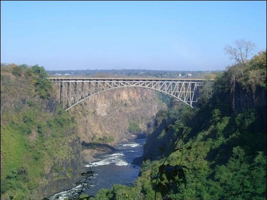 Victoria Falls, Замбия: Border Bridge Between Zambia and Zimbabwe