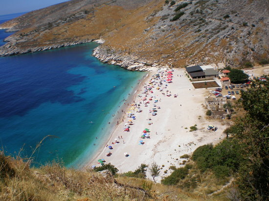 Albania: a beach between Vlora and Sarand\a