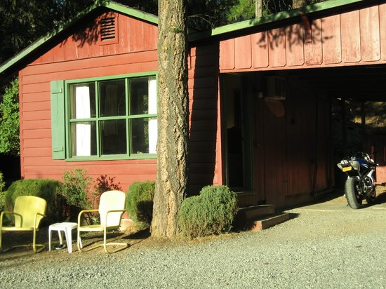 Photo of Red Hill Motel Weaverville