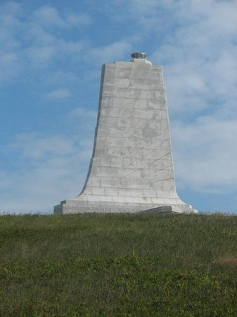 Kill Devil Hills, Carolina del Norte: The monument