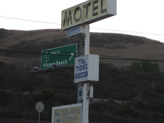 The Tides Motel: tide motel signage