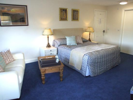 Battlesteads Hotel: Chipchase Suite at Battlesteads